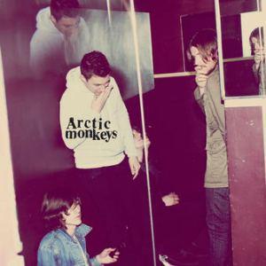 arctic monkeys cover humbug album 2009