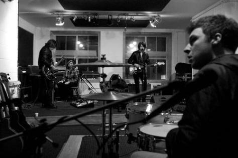 Arctic Monkeys on studio 2009